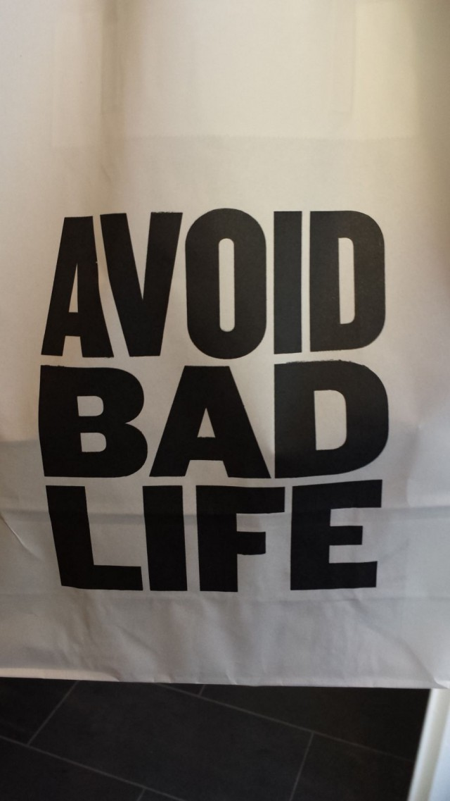 Good Life Coffeen teema on huikea: Avoid bad life.