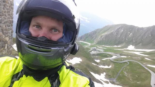 Yksi mun vuoden 2014 haaveista oli lähteä moottoripyoralla alpeille. Toteutui ja oli huikea reissu.
