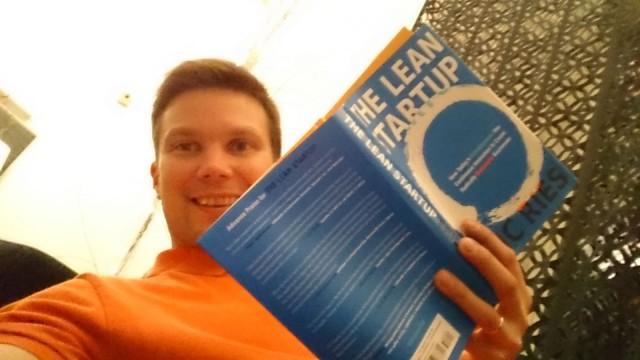Eric Ries ja The Lean Startup on hyvä kirja.