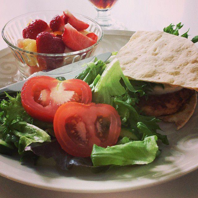 Kasvikset ovat terveellistä. Terveellisen ruoan syönti auttaa ettei flunssa pääse sairastuttamaan sinua.