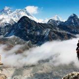Maailman korkein vuori hukkuu kohta ihmisen ulosteeseen