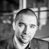 Suomalainen media - Tiedonvälittäjästä mielipidemuokkaajaksi