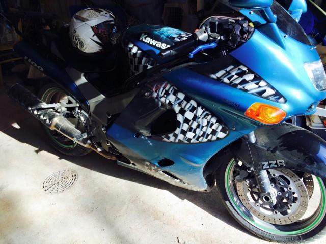 1100cc Kawasaki ZZR