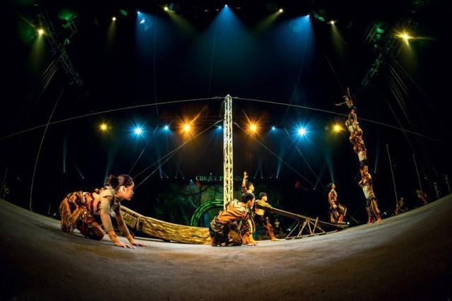 Juhlaviikot nostaa tänä vuonna keskiöön mystisen ja valtavan Kiinan. Kuvassa Shanghai Acrobatic Troupe.