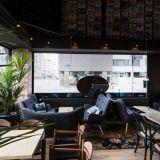 Café Europa avasi ovensa myös Poriin