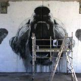 Upea karhugraffiti tuo eloa Espoon keskukseen