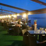 Romaniassa hyviä ravintoloita joutuu etsimällä etsimään. Tässä oli kiva näköala. Kuva Drobeta-Turnu Severistä.