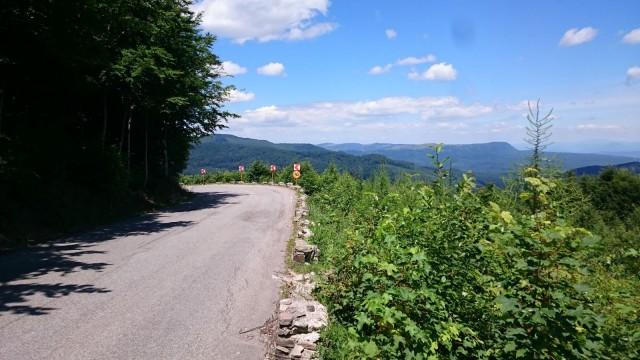 Romaniassa löytyy upeita teitä moottoripyöräilyyn.