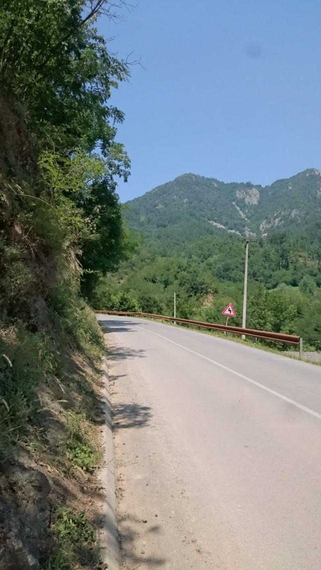 Serbia moottoripyörällä.
