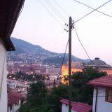 Monet tiet Sarajevossa ovat kapeita ja jyrkiä.