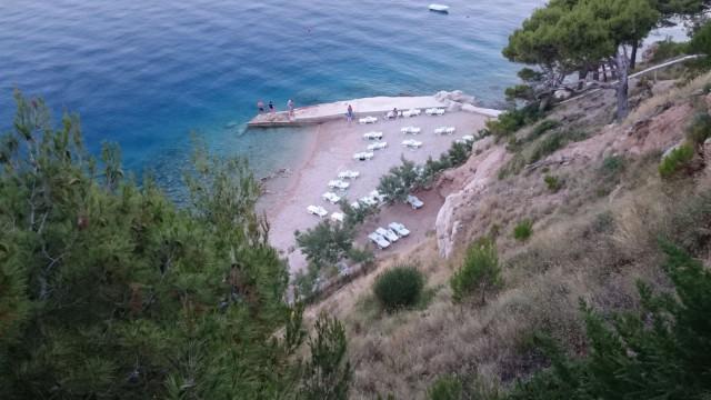 Meidän majapaikassa on yksityinen uimaranta. Apartmentin varasin Homeawayn kautta Marušićistä.