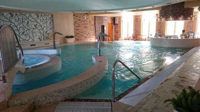 Heliopark Kaiserhofin Spa osasto oli positiivinen yllätys. Saunat olivat oikeasti jopa hyviä saunoja ja allasbaarin antimia oli kiva siemailla porealtaassa.
