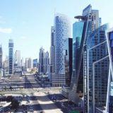 Dubai on kolmessakymmenessä vuodessa kasvanut investointien avulla miljoonakaupungiksi ja noussut turistien suosioon.