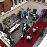 Pörssiklubi on pörssitalon yläkerrassa. Alakerrassa järjestetään paljon erilaisia tilaisuuksia.
