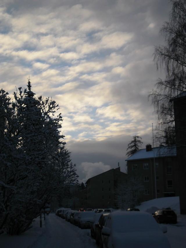 Aamu valkenee, joulukuu 2014
