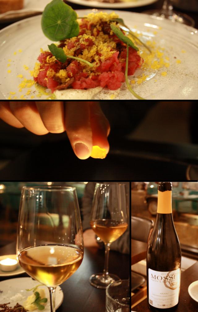RAAKAKYPSYTETTYÄ NAUTAA, etikoitua hapankermaa, graavattua keltuaista, perunan kuoret rapeutettuna / Pala graavattua keltuaista / Anjou Blanc Rene Mosse 2013