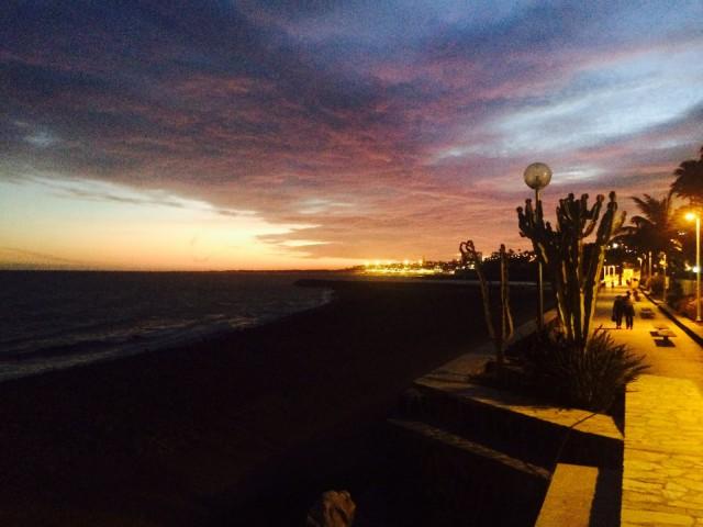 Playa de Ingles illalla.