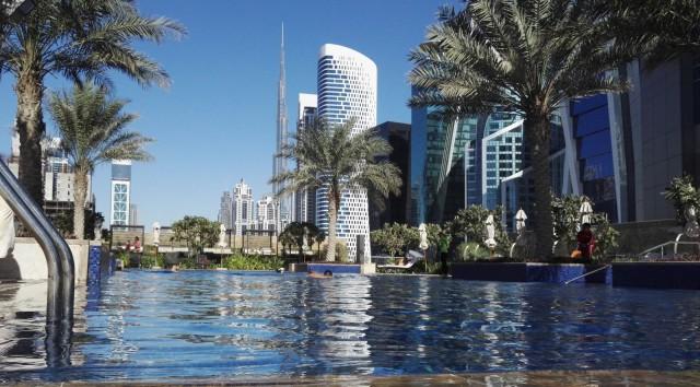 JW Marriot Marquis Dubai hotellin uima-altaalta.