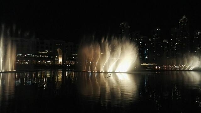 Dubai Fountain, tanssivat suihkulähteet