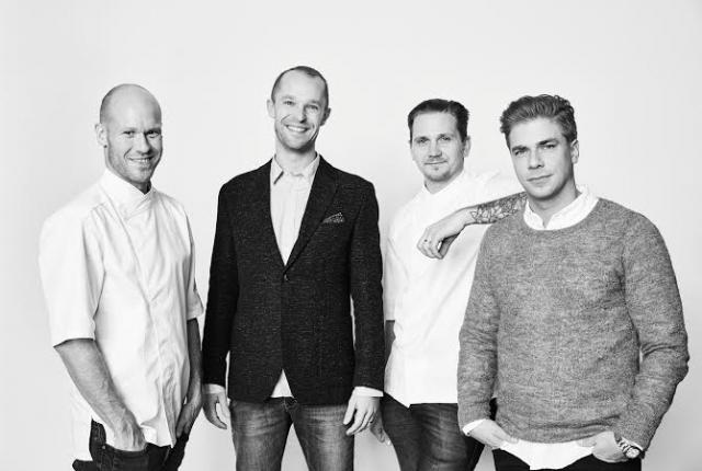 Härän takana ei ole nainen, vaan neljä miestä: Teemu Aura (vas.), Anders Westerholm, Markus Hurskainen, Matti Sarkkinen.