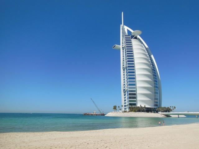 Dubai, Burj Al Arab, maailman ainoa seitsemän tähden hotelli.