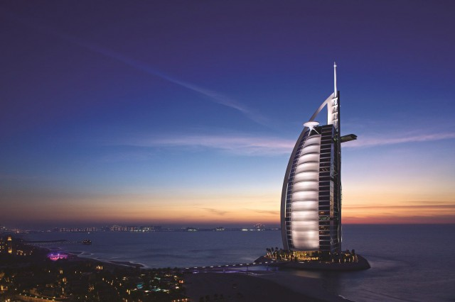 Burj Al Arab. Upea 7 tähden hotelli.