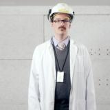 André Wickström tähdittää Helenin nettikomediasarjaa