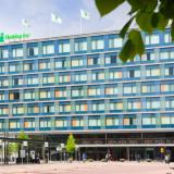 Uudistunut Holiday Inn on kaupunkilaisten kohtauspaikka