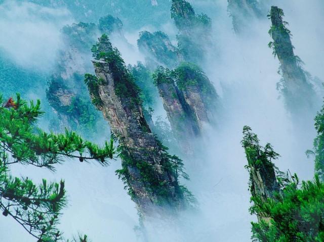 Hauskan näköistä vuoristoa, Zhangjiajie National Forest Park