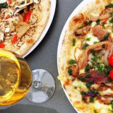 Pizza Funghi ja Pizza Tonno e Cipolle