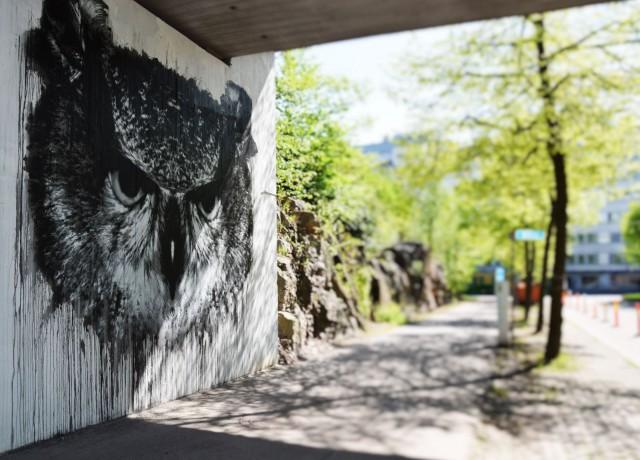 Pasilassa sijaitseva pöllö on Jussi TwoSevenin ja Helsingin taidemuseon yhteystyötä.