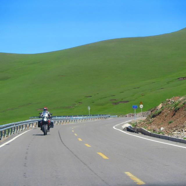 Riding motorbike from Narat to Buyinbulak in China Xingjiang