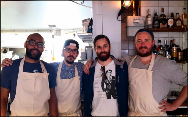 Lorenzo, Manu, Kimi sekä Pate Workshop Delicatessen avajaispäivänä.