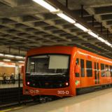 Metroliikenteessä kokeillaan tiheämpää vuoroväliä