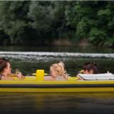 Tässä se nyt on! Suomen kesän huikein menopeli: Paljuvene!