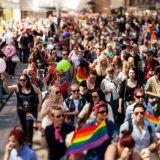 Foodora mukaan Pride-kulkueeseen yritysten etujoukossa