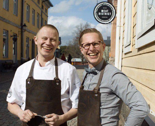 Smakussa mukana myös Meat Districtin iloiset Samuli Wirgentius (vas.) ja Riku Stenros.