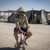 Puu-ukon polttamiseen huipentuva Burning Man vaikuttaa monella tavalla