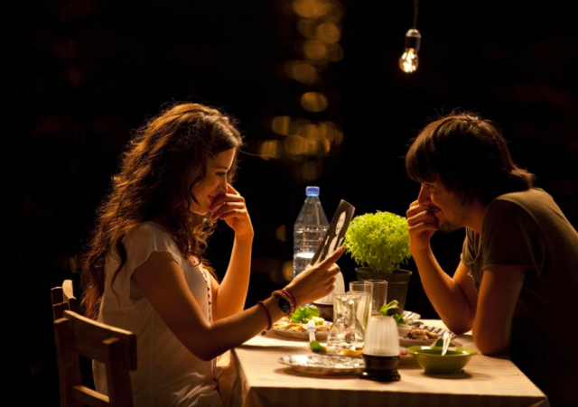 Rakkaus rakastaa yhteensattumuksia (2011).