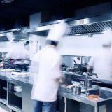 """Ravintola-alan esimies: """"Työ on helvetin rankkaa, eikä se kohtaa palkkausta"""""""
