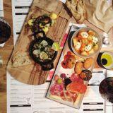 Tapaksia, cocktaileja, rentoa meininkiä - tällainen on uusi espanjalaisravintola Tpas