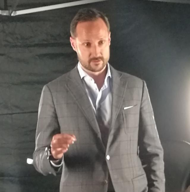 Norjan kruununprinssi Haakon Slushissa Helsingissä 30.11.2016.