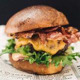 Kallioon avataan viikonloppuna uusi burgeriravintola: Social Food Burgerjoint