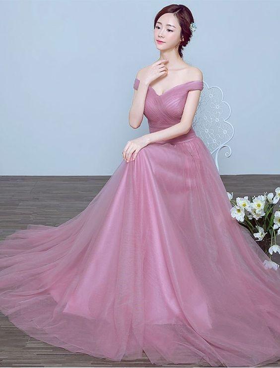 Robe de soirée rose épaule dénudée longue en tulle