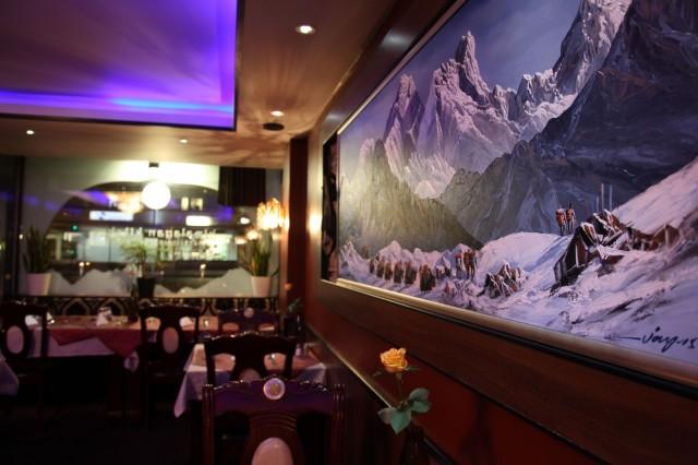 Himalayan Kitchen sijaitsee vain kivenheiton päässä torilta.