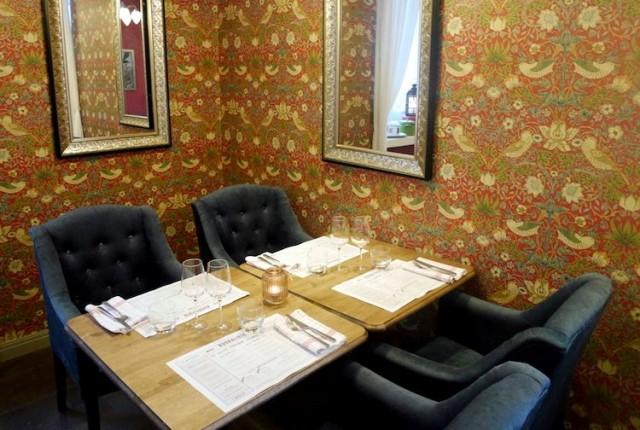 Tunnelmallinen Brasserie L'amour