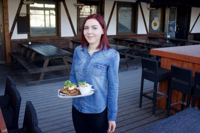 Ruby and Fellasista saa perinteisestä poikkeavaa pubiruokaa, vakuuttaa keittiön vuorpäällikkö Noora Salminen.
