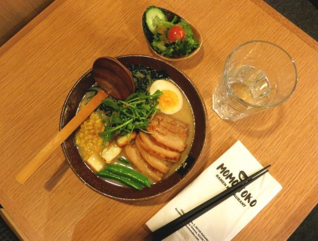 Ravintolan suosituin Ramen-annos on Original Tonkotsu.