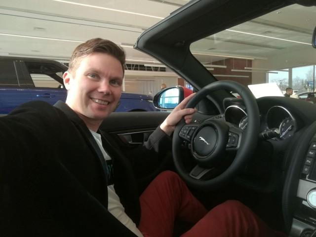 Ilkka Lavas testasi autoja ja kokeili autojen jakamistaloutta käytännössä