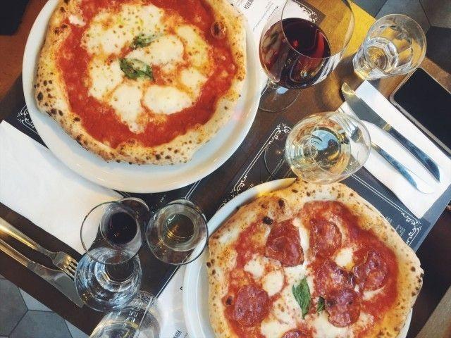 Tribunalin napolilaispizzan maine kiirii kaupungilla pitkälle.